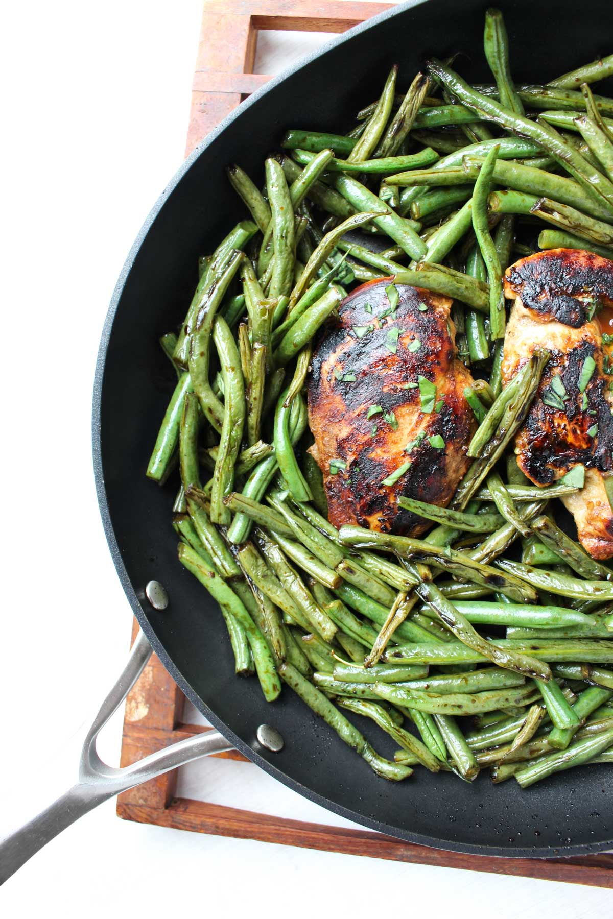 Easy Balsamic chicken dinner ready to be served!